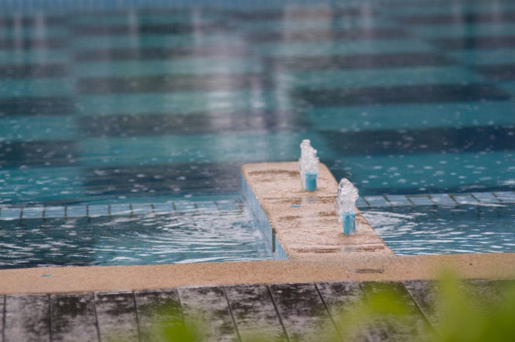 Por qu utilizar floculante para piscinas for Polvo en la piscina