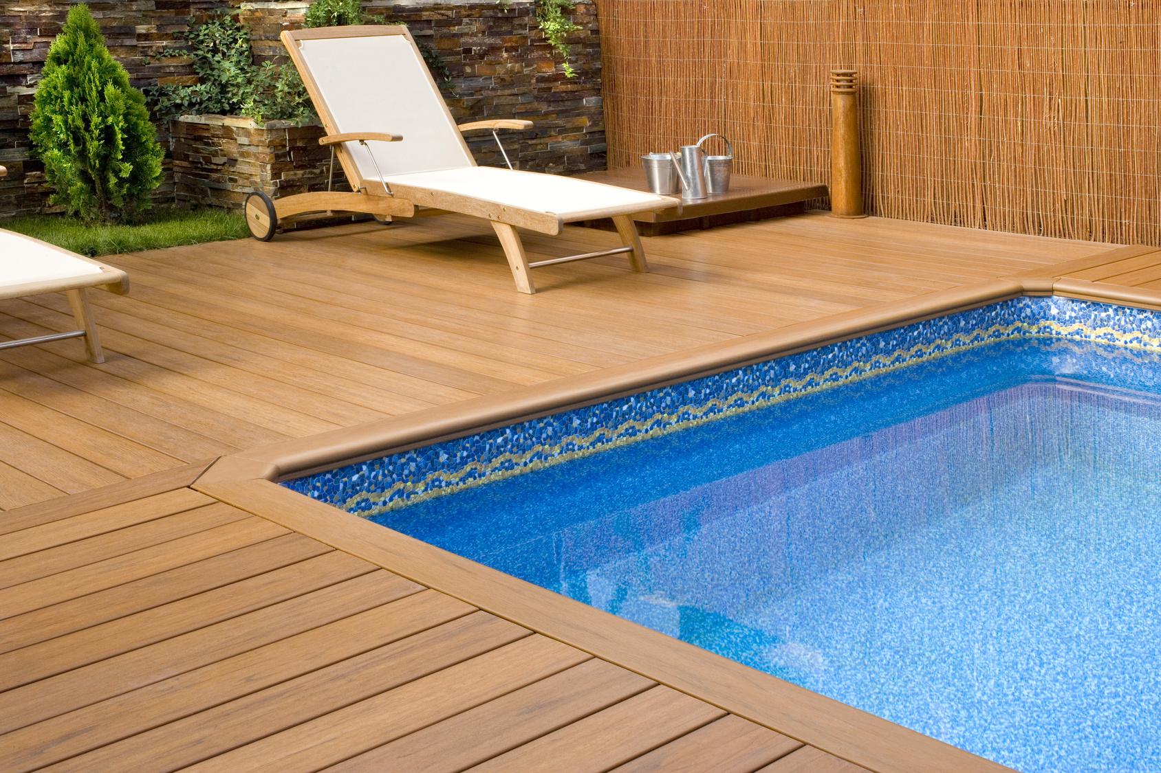 Desinfecci n de piscinas la importancia del cido for Nivel de cloro en piscinas